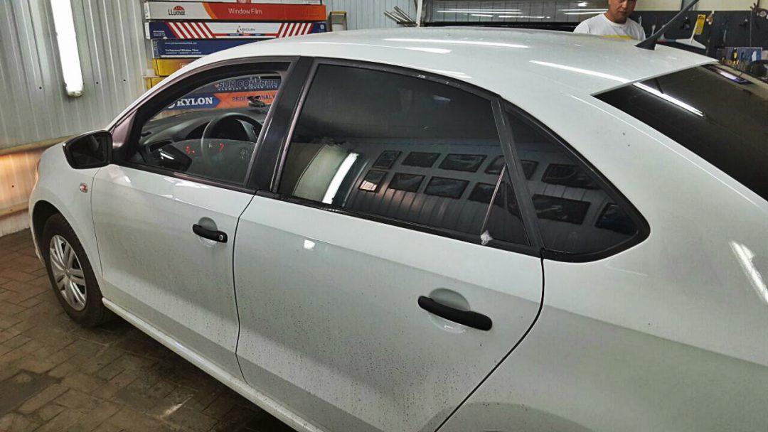 Частичная тонировка автомобиля по низкой цене в Москве