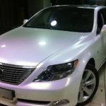 Белая перламутровая пленка — оклейка по низкой цене в Москве — «Измени Авто»