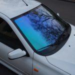 Тонировка лобового стекла атермальной пленкой хамелеон — «Измени Авто»