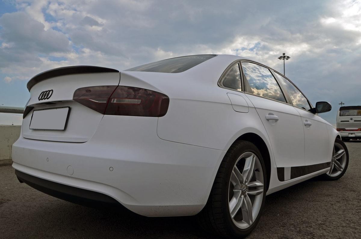 Оклейка машины белой пленкой по низкой цене в Москве