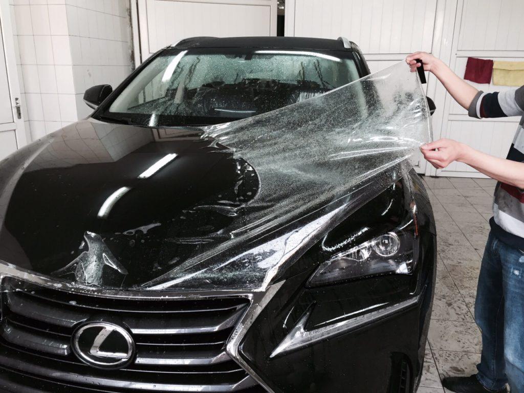 Оклейка антигравийной пленкой кузова авто по низкой цене в Москве