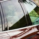 Тонировка автомобиля пленкой с разной степенью светопропускаемости в Москве по низкой цене — «Измени Авто»